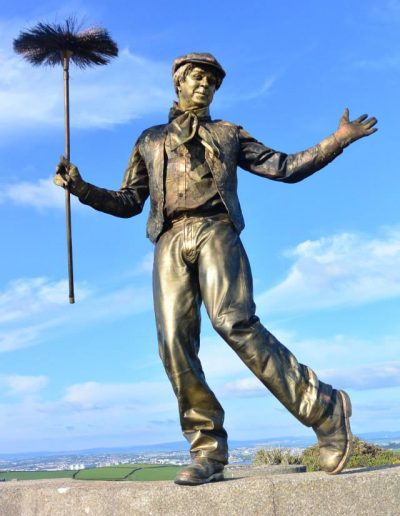 Human statue living statue chimney sweep poppins theme