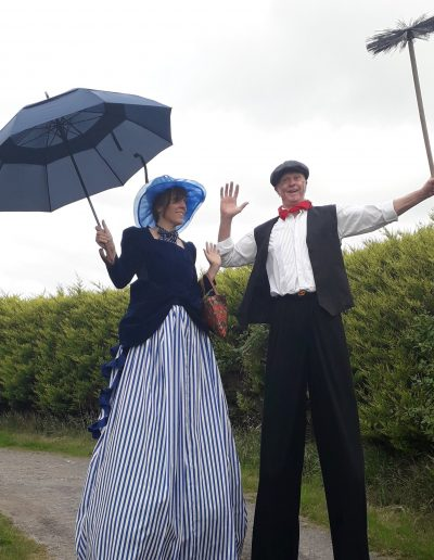victorian stilt walkers poppins and Chinmey sweep